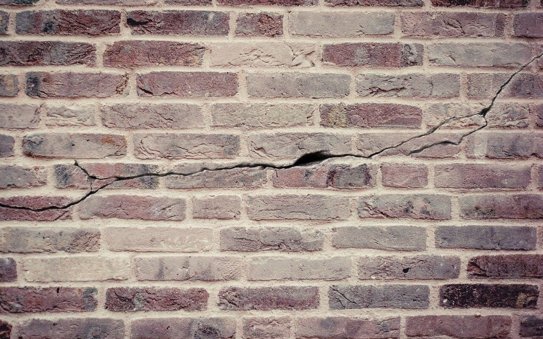 6 Signs of Structural Problems in a Home